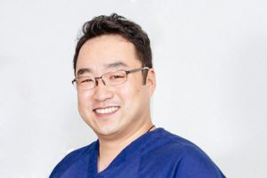 Dr James Kim as a world renowned dental seminar trainer